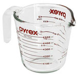 Pyrex 1 Pint Pitcher